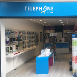 Telephone Store - Fabrication + Pose - Enseigne support Dibond et covering bancs